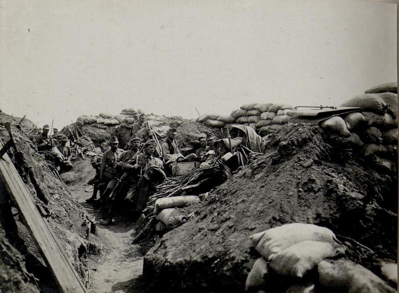 Abschnitt aus den wiedereroberten Stellungen der fünften Kompanie des Infanterieregimentes 6 auf der Worobijowka-Höhe am 1. Juli 1916 nach der Wiederherstellung