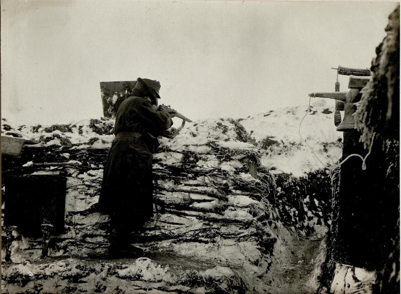 Alarmposten mit Glocke bei der 8. Kompanie des Jägerregimentes 5, am 9.1.1917