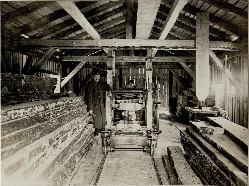 Das Innere des Sägewerkes in Rozhadow, 25.1.1917