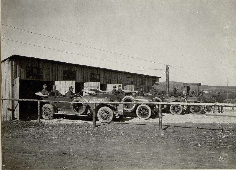 Autogarage des 9. Korpskommandos in Pomorzany