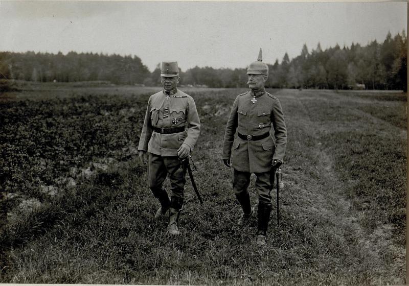 Generaloberst Kövess-Kövesshaza und General Georg Fuchs, 15.9.1916