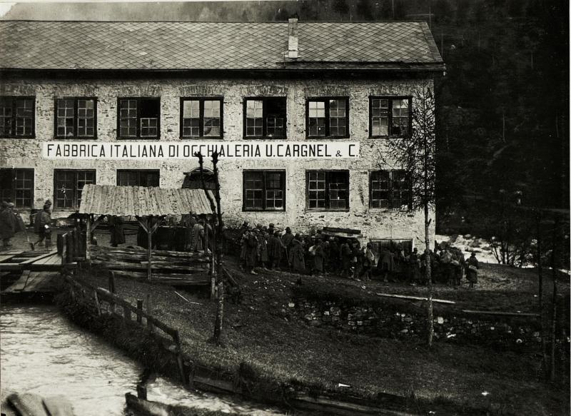 Calalzo: Gefangene Italiener werden zurücktransportiert.