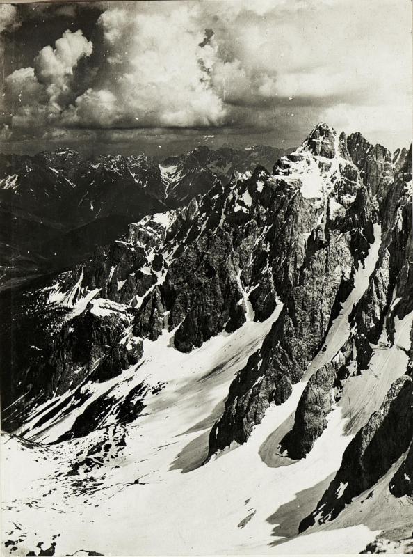 Standpunkt Rotwandspitze: Panorama  von Kreuzbergsattel bis Demuet. Fortsetzung von Rotwand gegen Süden. (4.Teilbild zu  WK1_ALB15_04036a).)