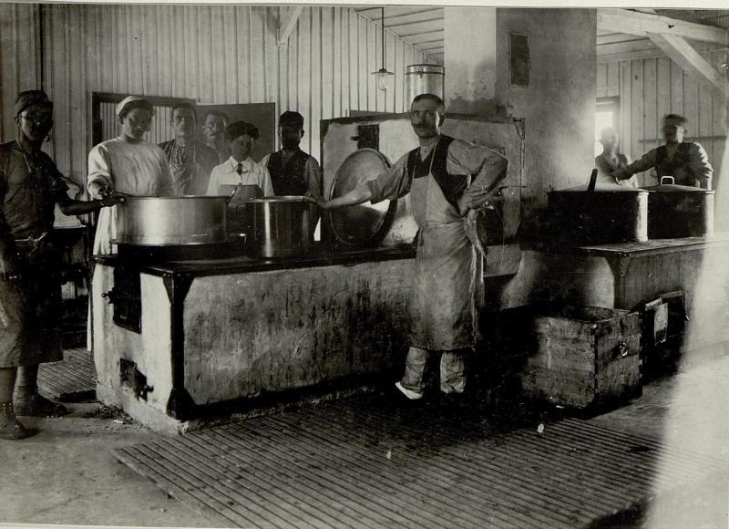 Küche im Krankenlager in Pradl