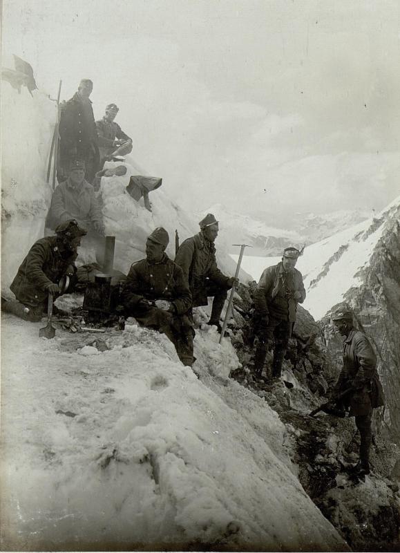 Alpine Besatzung auf Cima di Cavento