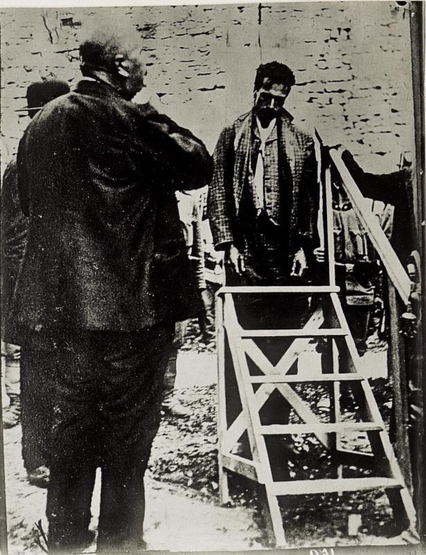 Der hingerichtete Reichstagsabgeordnete Cesare Battisti in Trient
