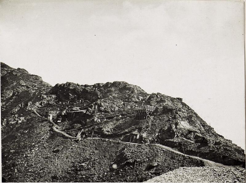 Artilleriestellung auf Filmoorhöhe.