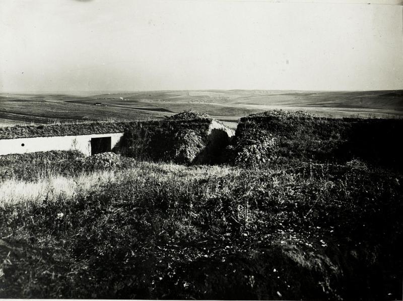 Befestigung südöstlich Bolszowce.