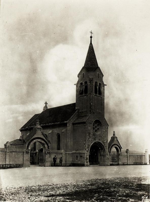 Außenansicht der Friedhofskirche zum heiligen Kreuz in Laibach, 20.9.1915.