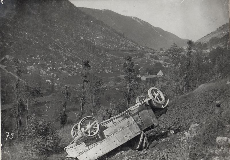 Abgestürztes Auto a.d.Isonzofront