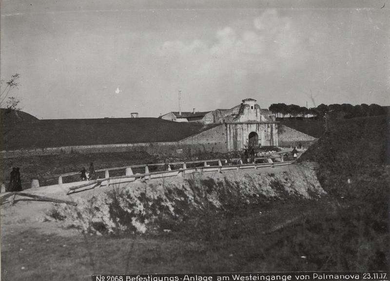 Befestigungs-Anlage am Westeingange von Palmanova 23.11.17.