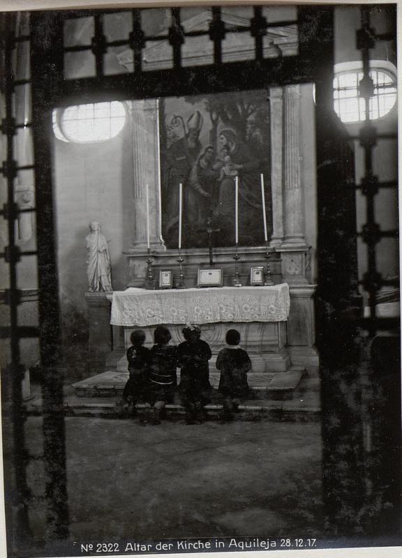Altar der Kirche in Aquileja 28.12.17.