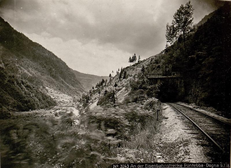 An der Eisenbahnstrecke Pontebba-Dogna 9.7.18.