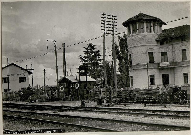 Am Bahnhof Udine 30.7.18.