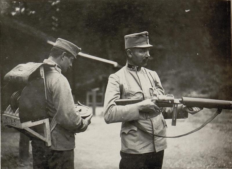 Maschinengewehr des Standschützen Hellriegel