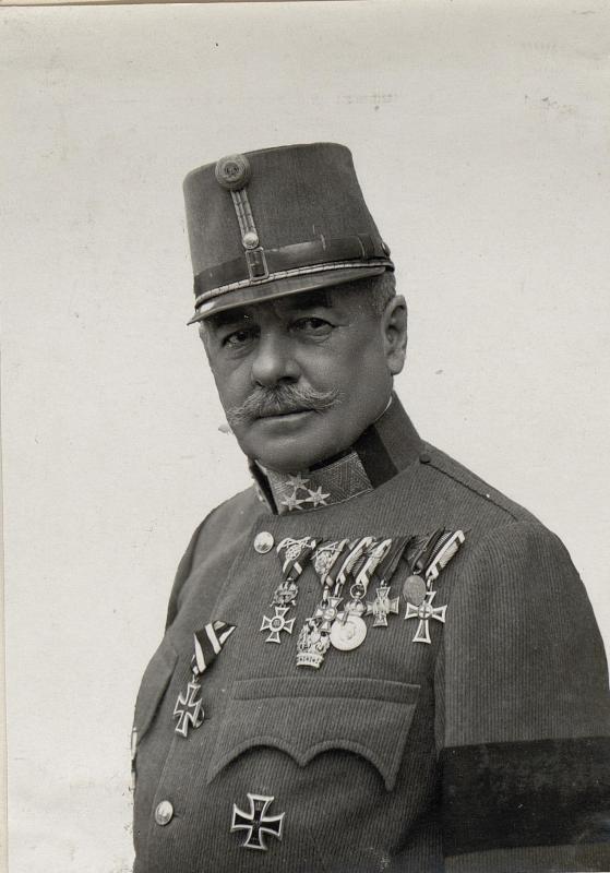 Exzellenz FZM Viktor Graf v. Scheuchenstuel  Kommandant der 11.Armee, Trient