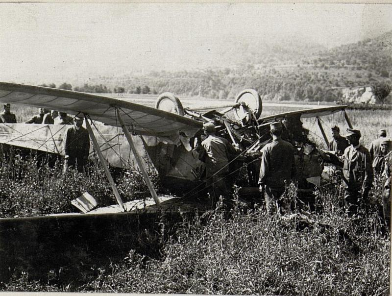 Flugzeug in Pergine
