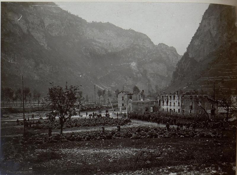 Cismon. Gefangene Italiener aus der Offensive vom  15. Juni 1918