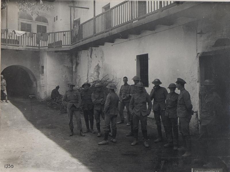 Levico. Gefangene Engländer auf der Hochfläche der 7-Gemeinden