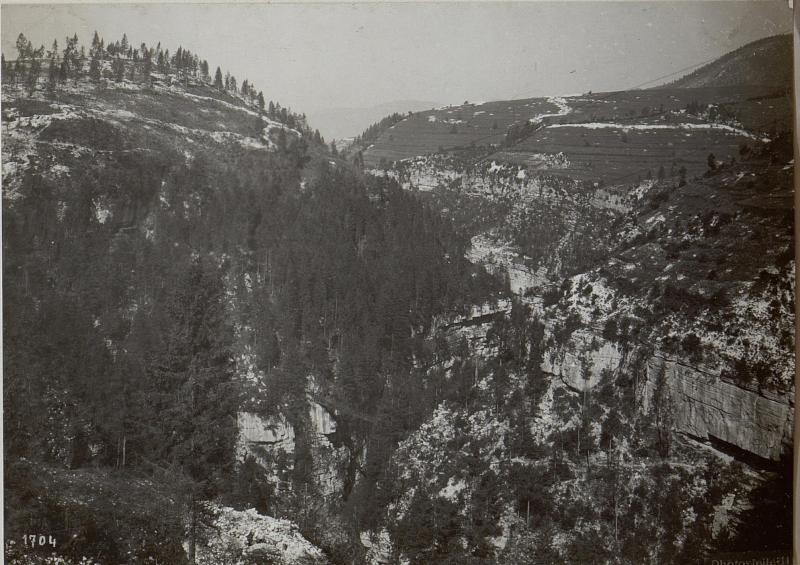 Assa-Schlucht.Blick gegen Westen.