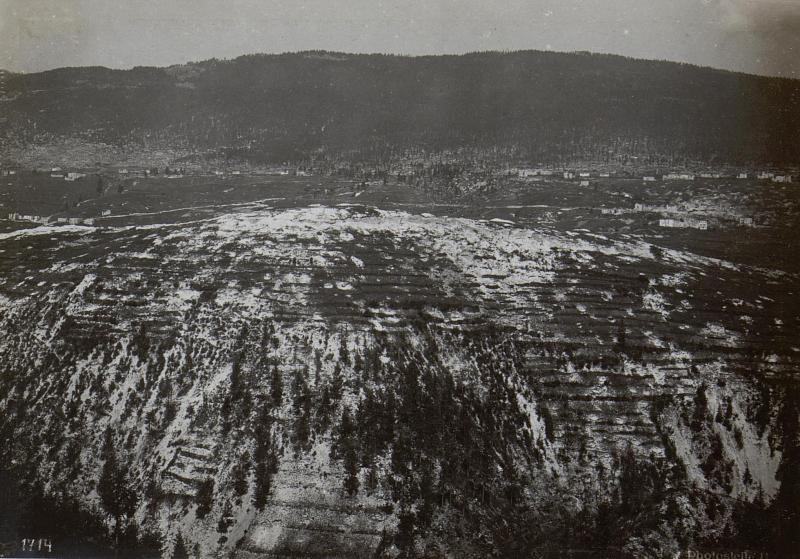 Assa-Schlucht.Blick gegen Monte Erio.
