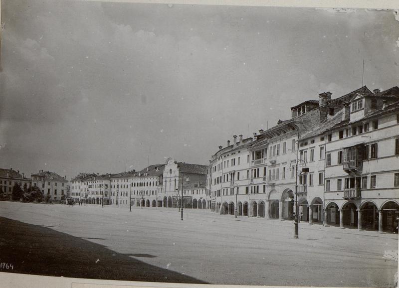 Belluno.Hauptplatz.
