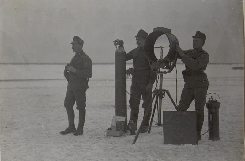 Sturmkurs.45 cm Scheinwerfer