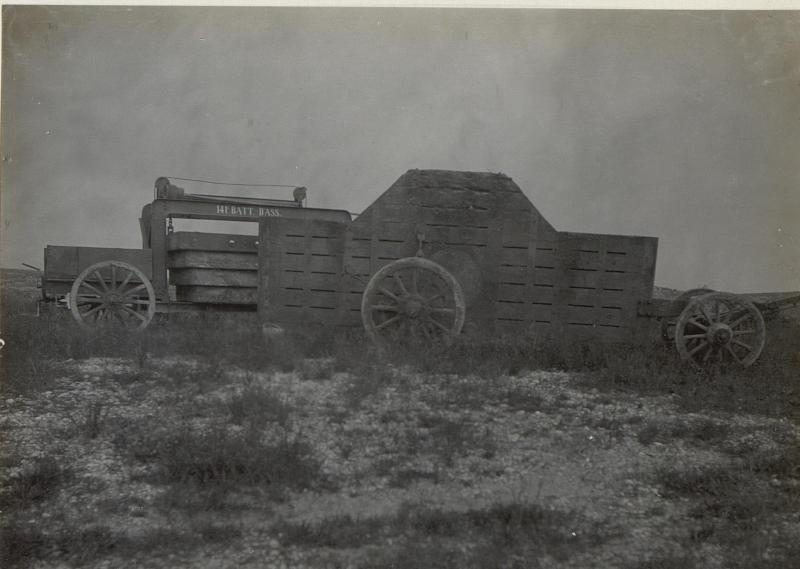 Bettung eines schweren Geschützes. (Ronchi: Mitte Mai 1918.)