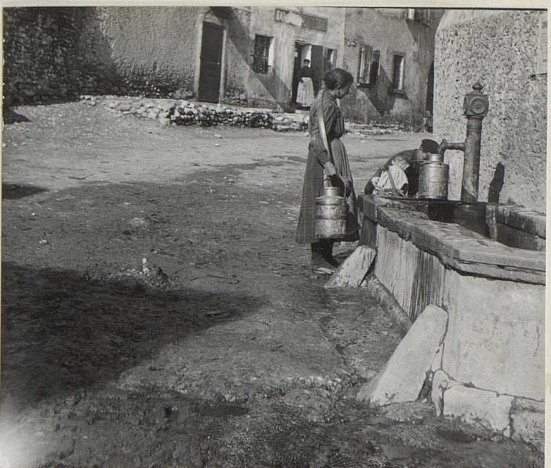 Brunnenmotiv Soligo.