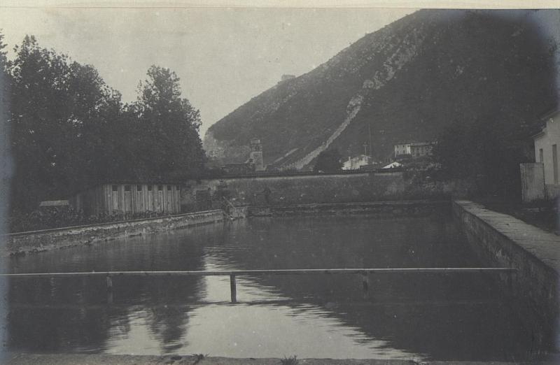 Schwimmbad des Feldspitales 1506 in Seravallo.