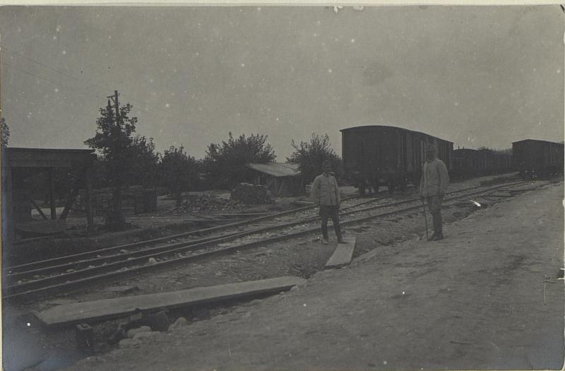 Armee-Mun.-Depot bei Vendimiano.