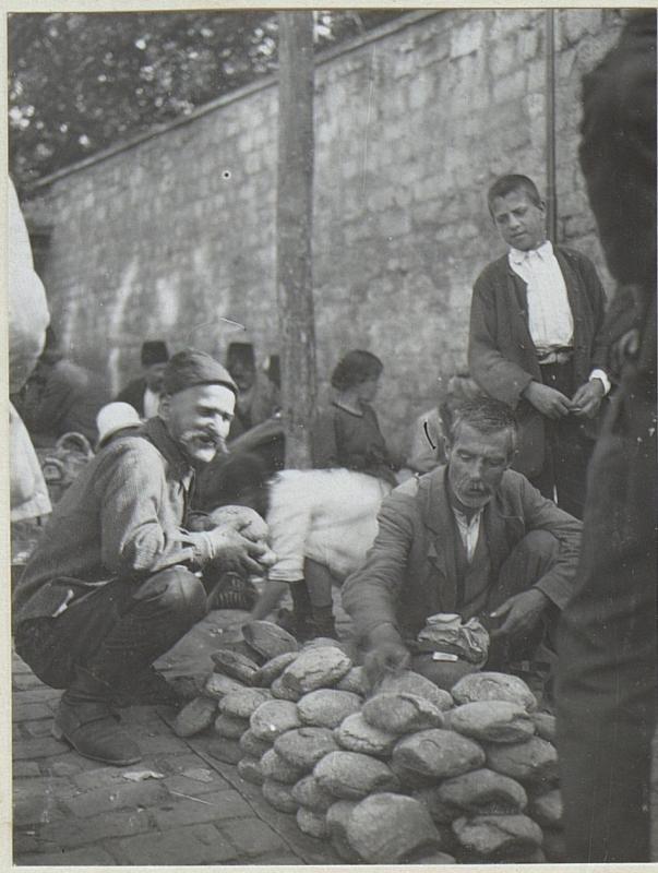 Brot und Früchteverkäufer.