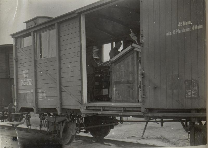 Feldbuchdruckerei-Zug in Kowel, Setzersaal.II.