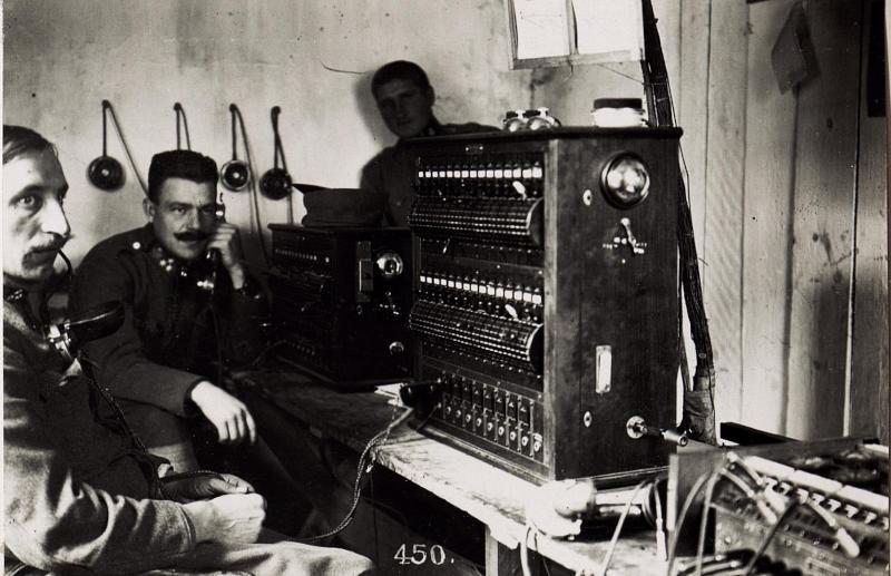 Telefonzentrale bei der 2.Infanteriedivision