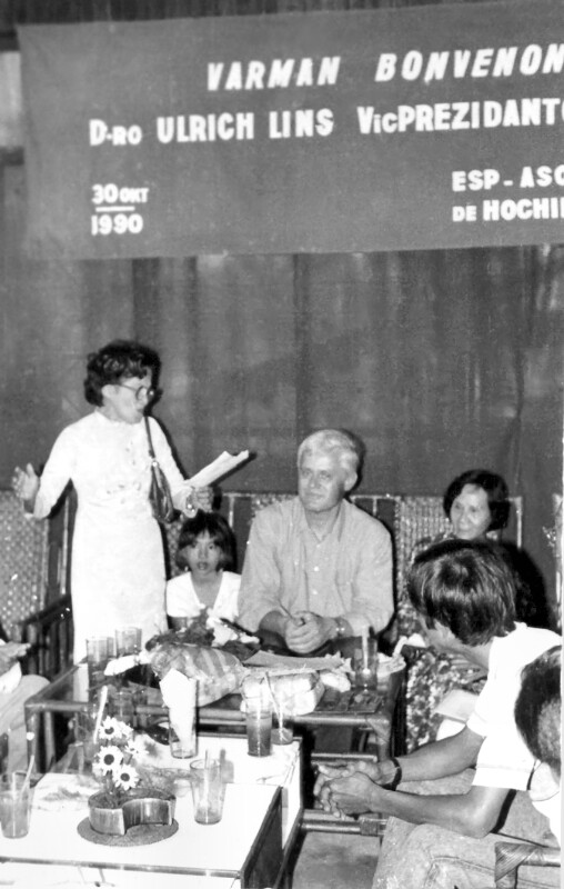 Empfang für Ulrich Lins als Vizepräsident der Esperanto-Vereinigung Ho Chi Minh, 1990