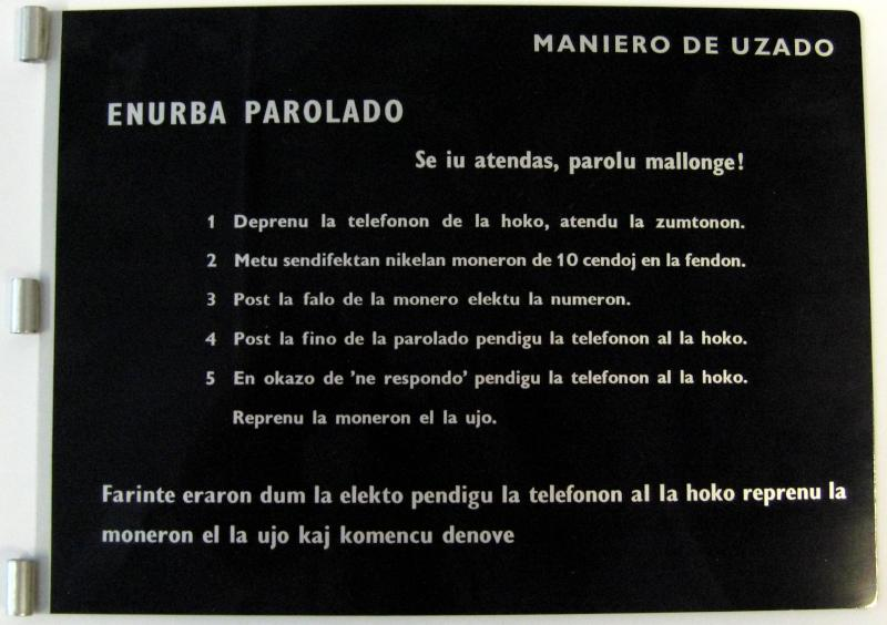 Schild: Maniero de uzado, enurba parolado