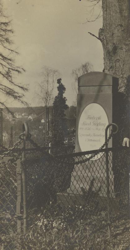Grab von Frederik Skeel-Giørling, Kopenhagen 1910