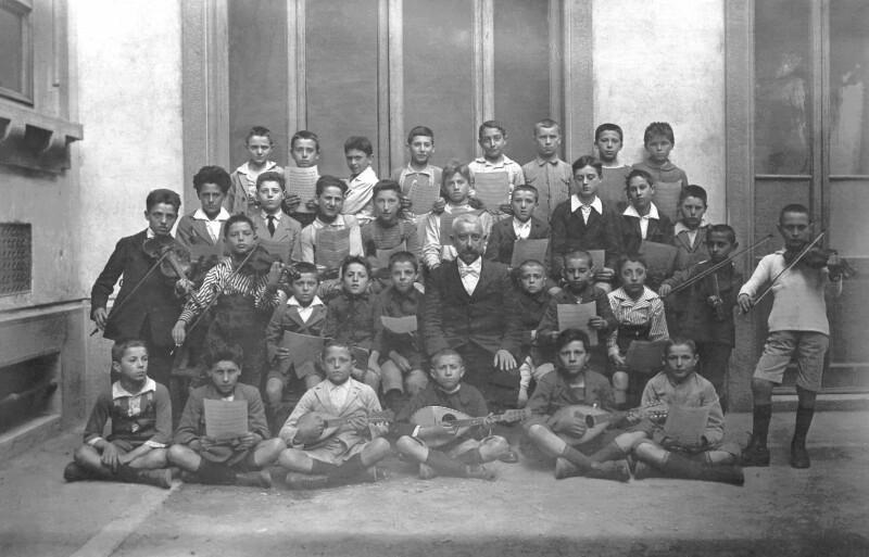 Esperanto-Unterricht in einer Knabenschule, Mailand 1923