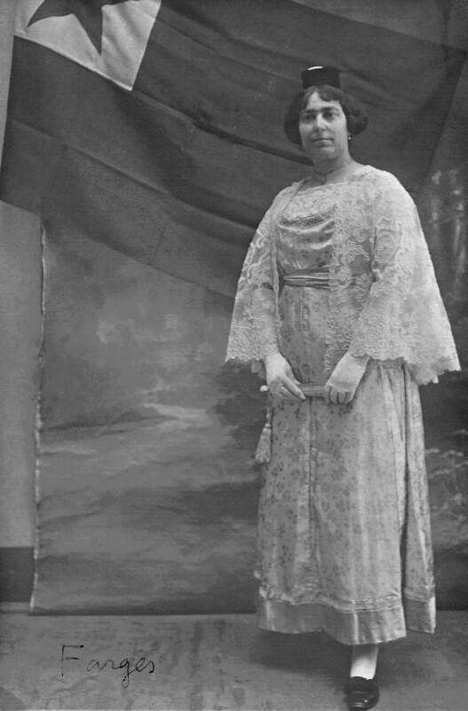 Alice-Leontine Farges, Lyon um 1910