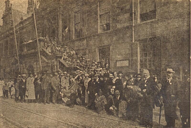Ansichtskarte: Esperanto-ekskurso en Leiden de la XII. Hagaj kongresanoj, 13. aŭg. 1920