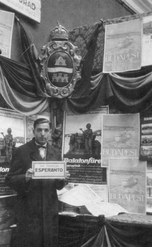 Esperanto-Stand auf der Budapester Messe, 1926