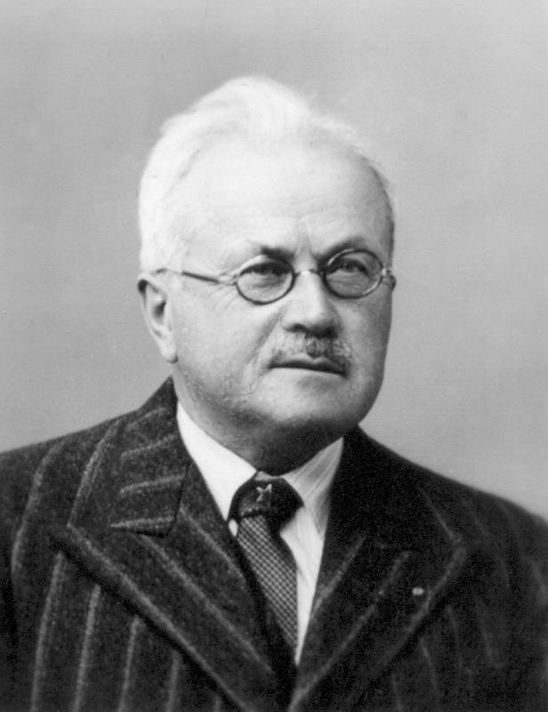 Charles Le Séac'h, Quimper um 1935