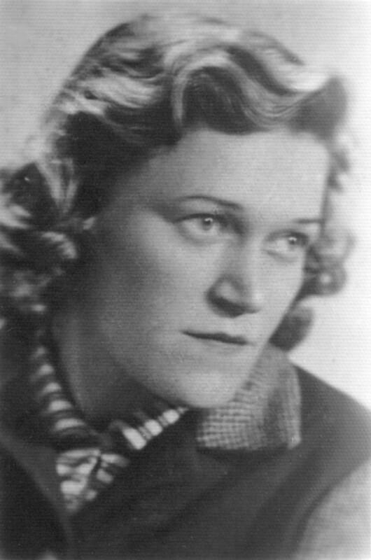 Ewa Maczke, Polen 1956