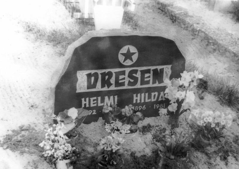 Grabstein der Schwestern Helmi und Hilda Dresen, 1981