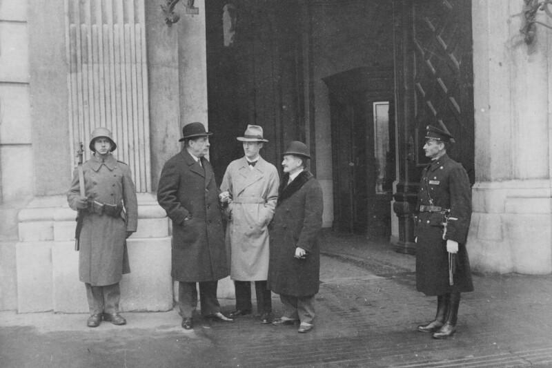 Joseph R. Scherer zu Besuch in Wien, um 1935