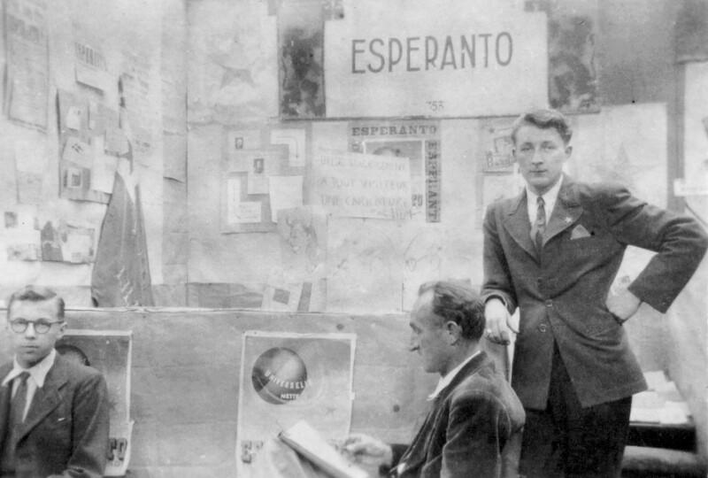 Esperanto-Stand auf der Internationalen Messe, Lille 1948