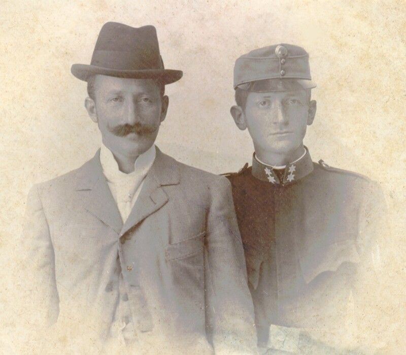 Hugo Steiner mit Vater, um 1895