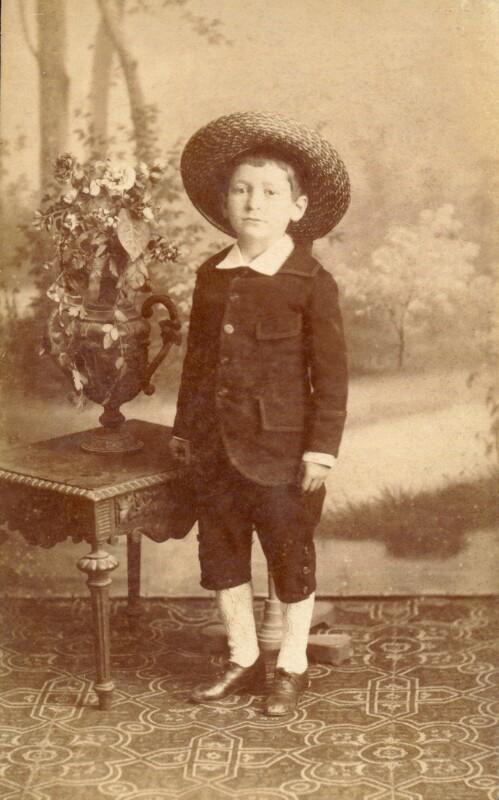 Hugo Steiner als Bub, um 1885