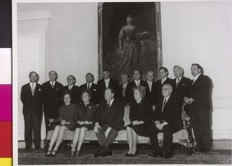 Gruppenbild Regierung Kreisky II von Bayer, Fred