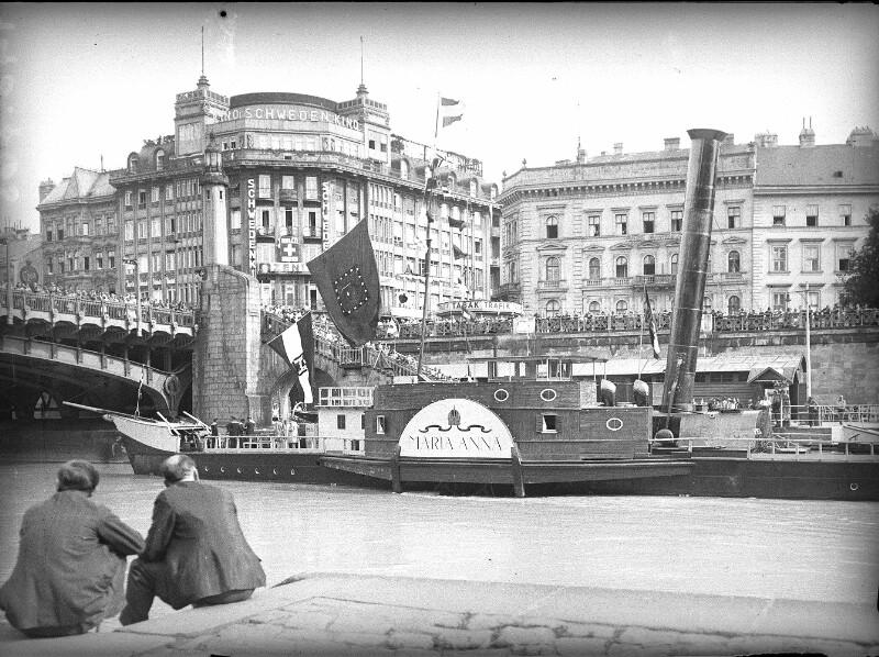 Wien 1, Donaukanal von Zvacek, Fritz